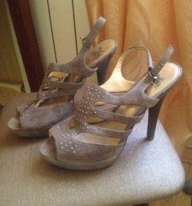 Туфли размер 38 на 37
