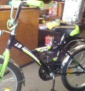 Велосипед 18 дюймов, новый