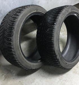 Bridgestone Blizzak Spike-01 235/45 R18 98T