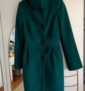 Драповое пальто в отличном состоянии