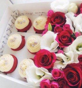 Торты , капкейки , коробочки с цветами