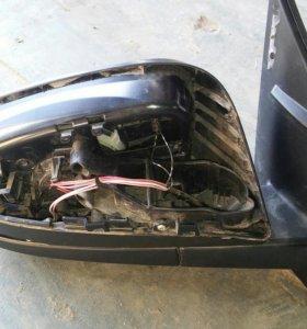 RAV 4 Зеркало правое без повторителя с накладкой