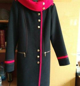 Пальто женское новое демисезон, 42 размер