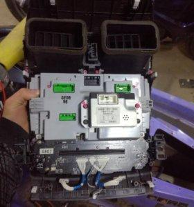 Блок управления с хонды инспаир 2003 г кузов UC1