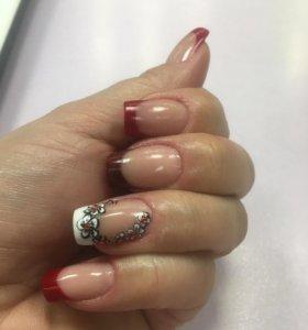 Маникюр и покрытие ногтей Шеллаком