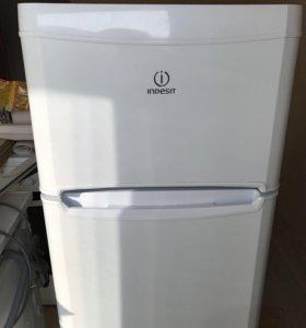 Холодильник Indesit T14R.024