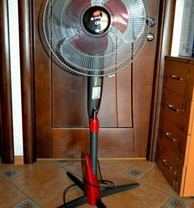 Напольный вентилятор Vitek с пультом