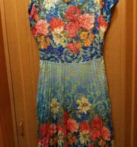 Платье новое 52р