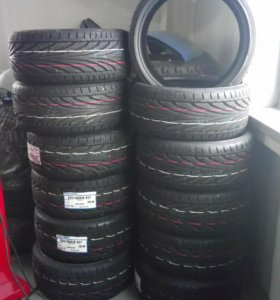 Toyo proxes T1R 235/30ZR18