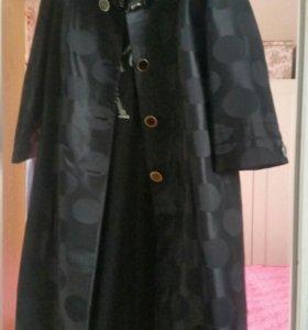 Плащ-пальто в стиле Жаклин Кеннеди