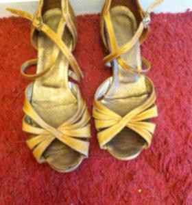 Туфли для бально - спортивных танцев