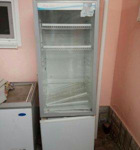 Продаю холодильную ветрину