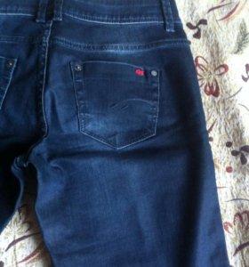 Новые джинсы S.Oliver 44-46