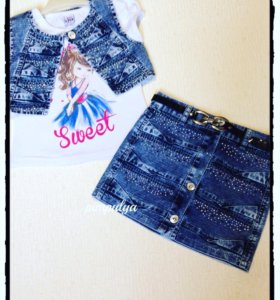 Новый джинсовый комплект с жилеткой и юбкой
