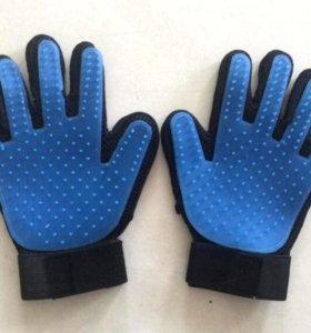 Перчатка-расчёска для животных Glove Brush