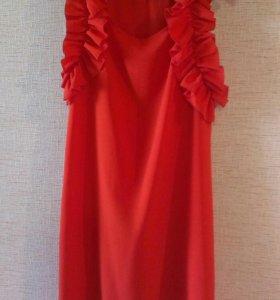 Вечернее новое платье.