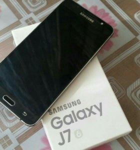 Samsung J7 2016 LTE (J710F)
