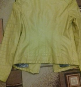 Куртка кожзам 42размер