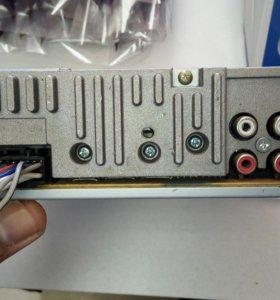 Магнитофон LG в отличном состоянии дисковод USB