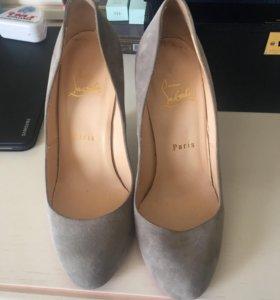 Туфли loubotin