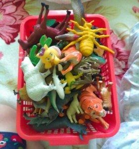 Игрушки для детей (звери)