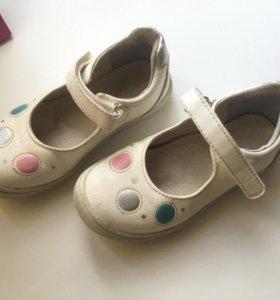 Туфельки 28 размер