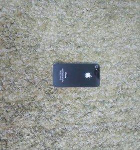 Продаю айфон 4 на 8гб