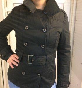 Куртка женская весна- осень, на синтепоне.