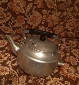Чайник с проводом электрический