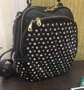 Рюкзак женский с крупными стразами