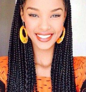 Плетение  афрокос так же тренд косы