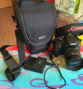 Canon EOS 600D kit + штатив