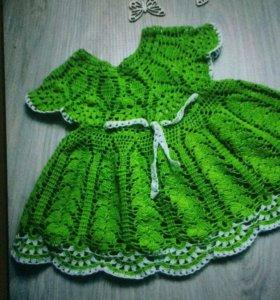 Вязаное платье на девочку 2-3 года