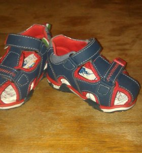 Новые сандали для мальчика 20 размер