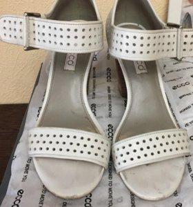 Туфли Экко 38 размер