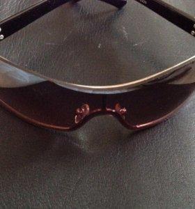 Очки полукруглые с защитой