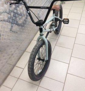 BMX mongoose L60