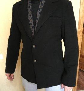 Пальто мужское осень- весна