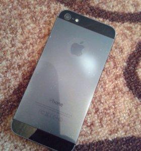 iPhone 5 на 16гб