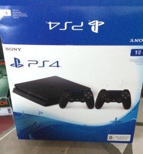 Sony PS4 2 геймпада