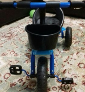 Трехколесный велосипед детский