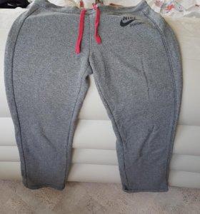 Штаны спортивные Nike