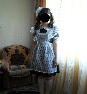 Школьную форму и платье на выпускной вечер