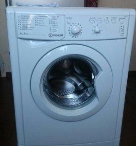Машина стиральная indesit