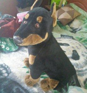 Мягкая игрушка - собака Доберман