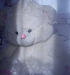 Медведь игрушечный мягкий!
