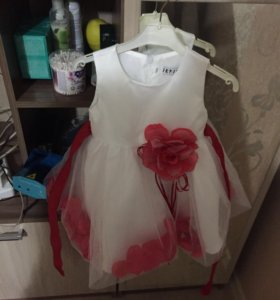 Платье на малышку 6-8 месяцев