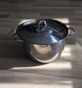 Кастрюля с крышкой 10 литров ОУМБЕРЛИГ (Икеа)