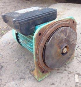 Мотор Marina