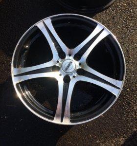 Литые диски на Nissan juke